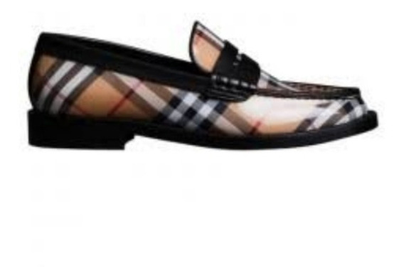 Zapatos Burberry