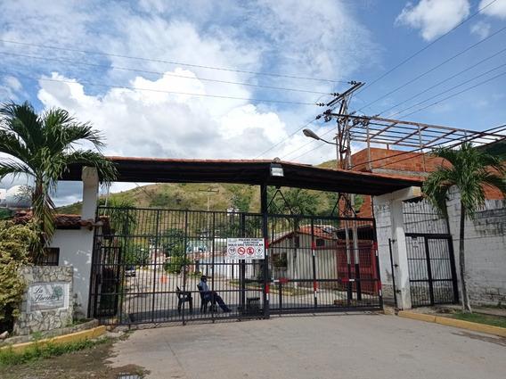 Casa En Venta Turmero La Floresta Codigo 21-6823 Mvs
