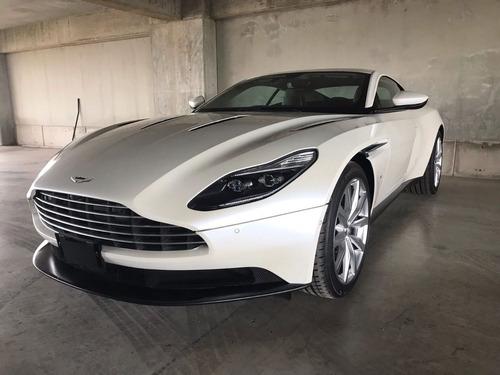 Imagen 1 de 11 de Aston Martin