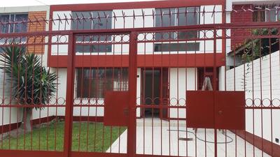 Cochera Jardin Sala Comedor Cocina 4 Dormitorios 3 Baños