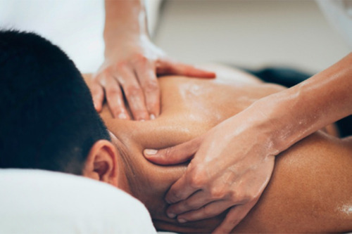 Imagem 1 de 4 de Massagem Tântrica ,terapia Tântrica E  Depilação