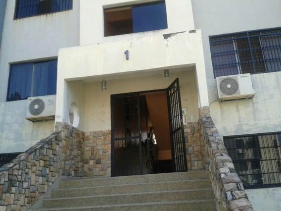 En Venta Cómodo Apartamento Ubicado En Naguanagua