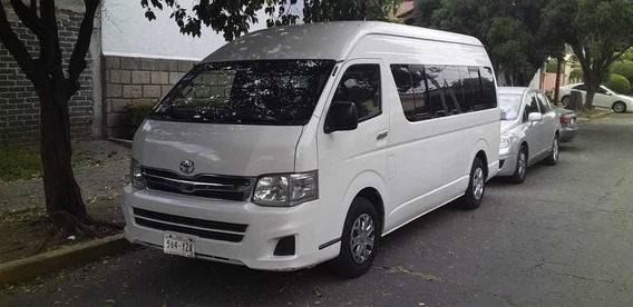 Toyota Hiace Bus 15 Pasjs Std 5 Vel Ac 2013
