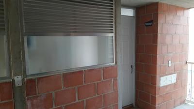 Apartamento Totalmente Terminado - 2 Closet
