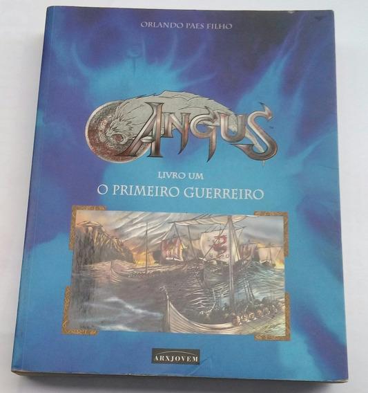 Livro Angus O Primeiro Guerreiro - Edição Grande Ilustrada