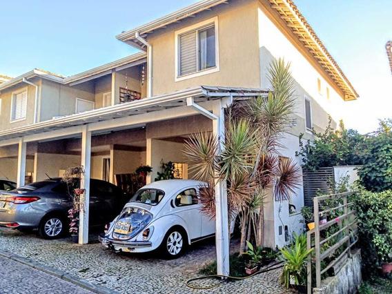 Compre! Casa Em Condomínio Fechado Com 4 Quartos No Cabral ! - Par1555