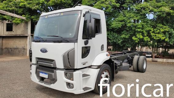 Ford Cargo 1722 2011/12 Único Dono Gabine Nova
