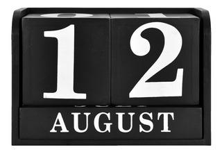 Calendario De Escritorio De Madera Blanco Y Negro Mainstays