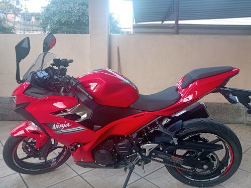 Imagem 1 de 4 de Kawasaki Ninja 400