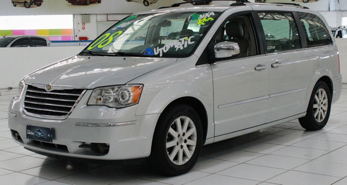 Chrysler Town & Country 2008 - 7 Lugares - 3.8 V6 Automática