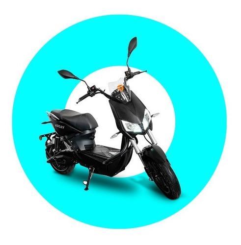Imagen 1 de 15 de Yadea Motocicleta Eléctrica Z3