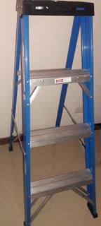 Escalera De Aluminio Tipo Tijera 3 Peldaños Máx 136kg