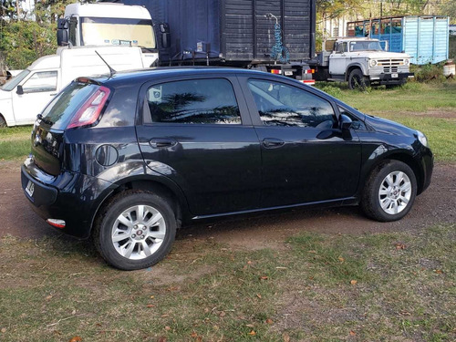 Fiat Punto 1.4 Attractive C/radio Integrada 2015