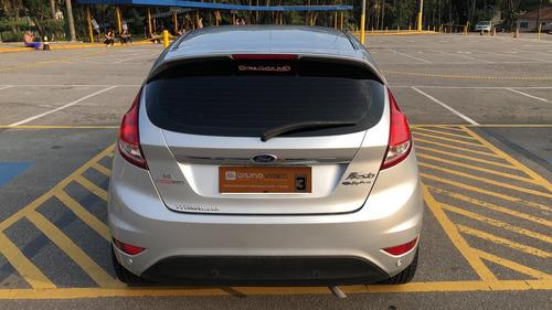 Ford Fiesta 1.6 16v  Powershift 5p Hatch Flex 5p  Revisado