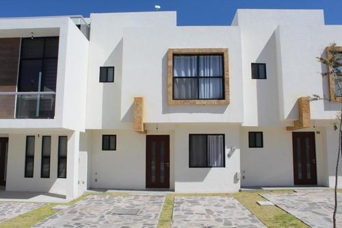 Casa En Renta En Zibata, El Marques, Rah-mx-20-2402