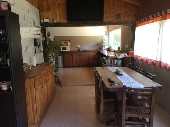 Casa Cuatro Dormitorios En Villa Los Cohiues