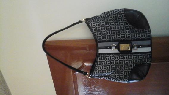 Bolsa Tommy Negra Con Gris Original Seminueva