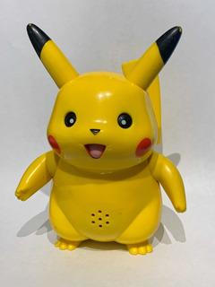Pikachu Hasbro 2004 Muñeco Figura Pokemon A Pila Juguete