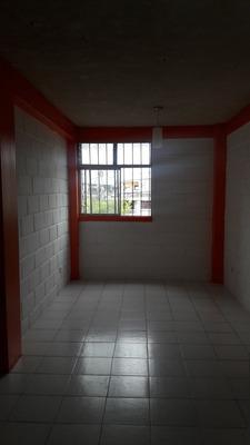 Departamento Segundo Piso Tres Habitaciones Un Baño
