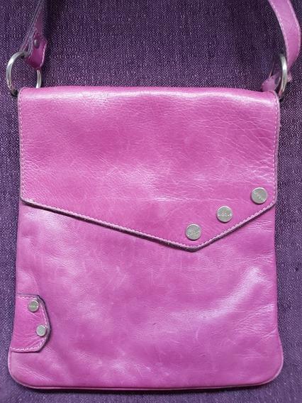 Cartera Bandolera Blaqué Color Púrpura. Preciosa!