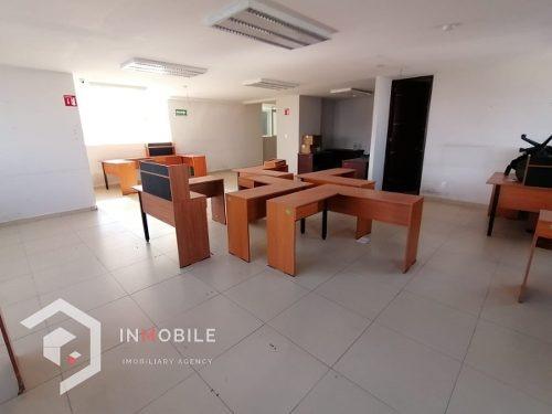 Oficinas En Renta En Fuente De Pirámides,lomas De Tecamachalco, Naucalpan, Edmx.