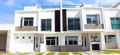 Preciosa, Colinas Del Santuario, Roof Garden, 3 Recámaras, Casa Club, Sala Tv