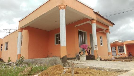 Casa Barata En Villa Mella