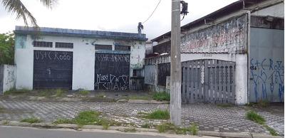 Loja Para Comércio Com Duas Casas No Fundos Em Mongaguá