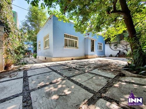 Casa Con Excelente Ubicación En Guadalupe Inn Para Remodelar