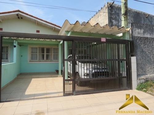 Casa Com Dois Quartos, Pé Na Areia Com Churrasqueira Em Bairro Nobre Em Itanhaém - Ca00040 - 34142936