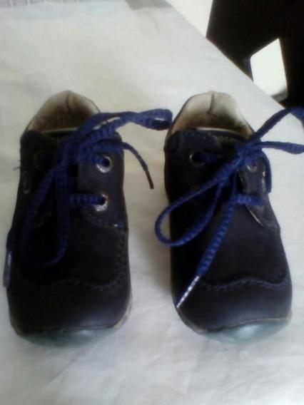 Zapatos Para Niños Talla 19. Pocholin. Como Nuevos