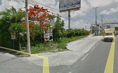 Se Renta Terreno En Esquina En Cancún.
