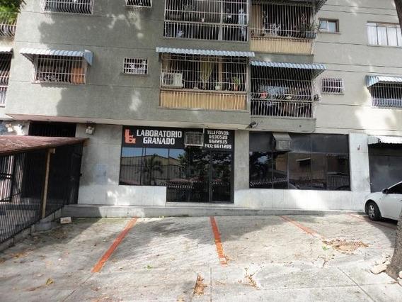 Alquiler De Local Carlota Plaza