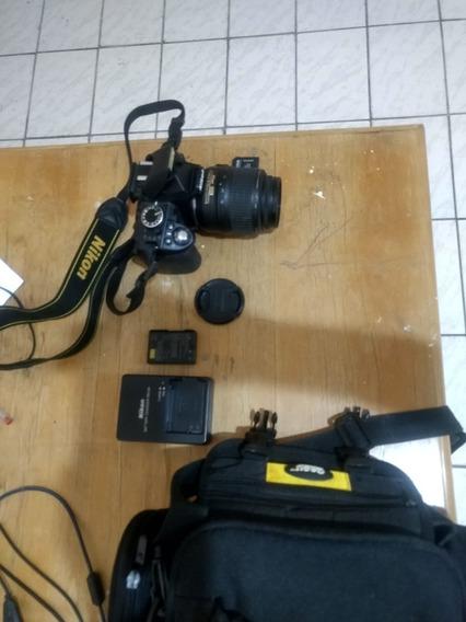 Nikon D3100 + Lente + Bateria + Case