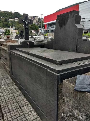 Jazigo Perpétuo No Cemitério São João Batista, Botafogo Rj