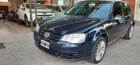 Volkswagen Golf 1.6 Conceptline 2010