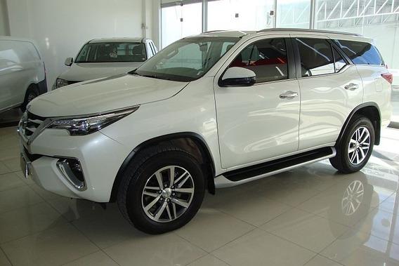 Toyota Hilux Sw4 Srx 2.8 Tdi 6at 7a 4x4