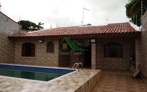 Linda Casa Térrea Com Piscina Á Apenas 700 Metros Da Praia. Itanhaém.