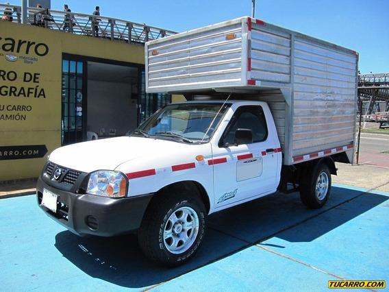 Furgon Nissan D22 Frontier