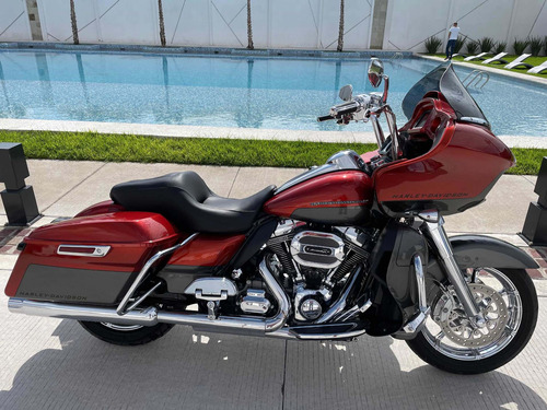 Imagen 1 de 9 de Harley Davidson Road Glide Cvo