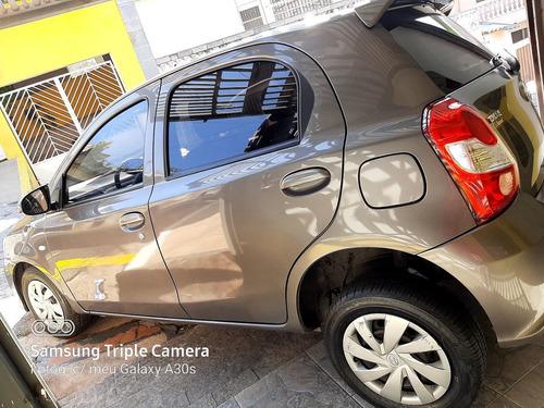 Imagem 1 de 7 de Toyota Etios 2018 1.3 16v X Aut. 5p