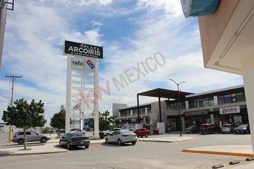 Renta De Locales En Plaza Comercial, Fraccionamiento La Joya, Torreón, Coahuila