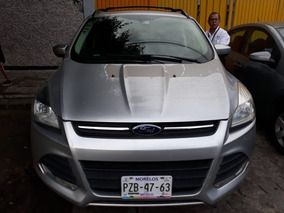 Ford Escape 2.5 Se Plus Ta $ 210,000