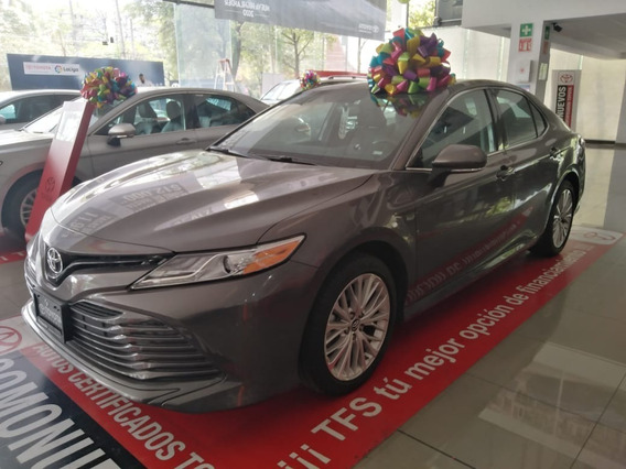 Toyota Camry Xle 4l. 2019 Demo