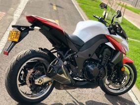 Z1000 Kawasaki Blanca