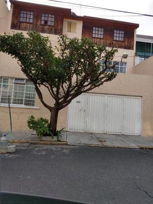 Guadalupe Insurgentes Casa 3 Niveles 6 Rec. $ 4400000