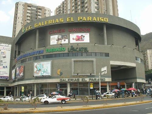 Local Comercial En Venta El Paraiso Caracas
