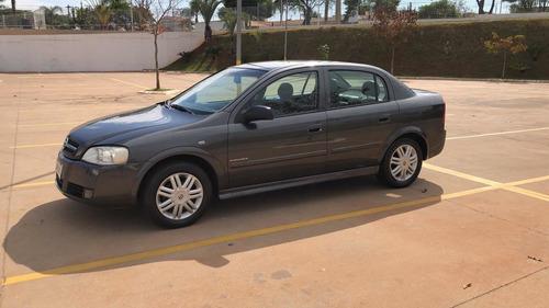 Imagem 1 de 7 de Chevrolet Astra 2005 2.0 Elegance Flex Power 5p