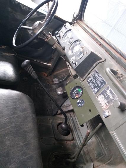 Engesa Jeep Rural F75