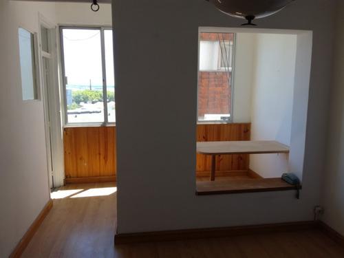 1 Dormitorio, Luminoso Y Silencioso, Con Altillo Y Terraza